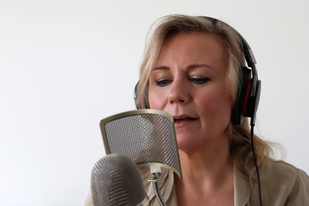 elaine-wise-voice-artist020